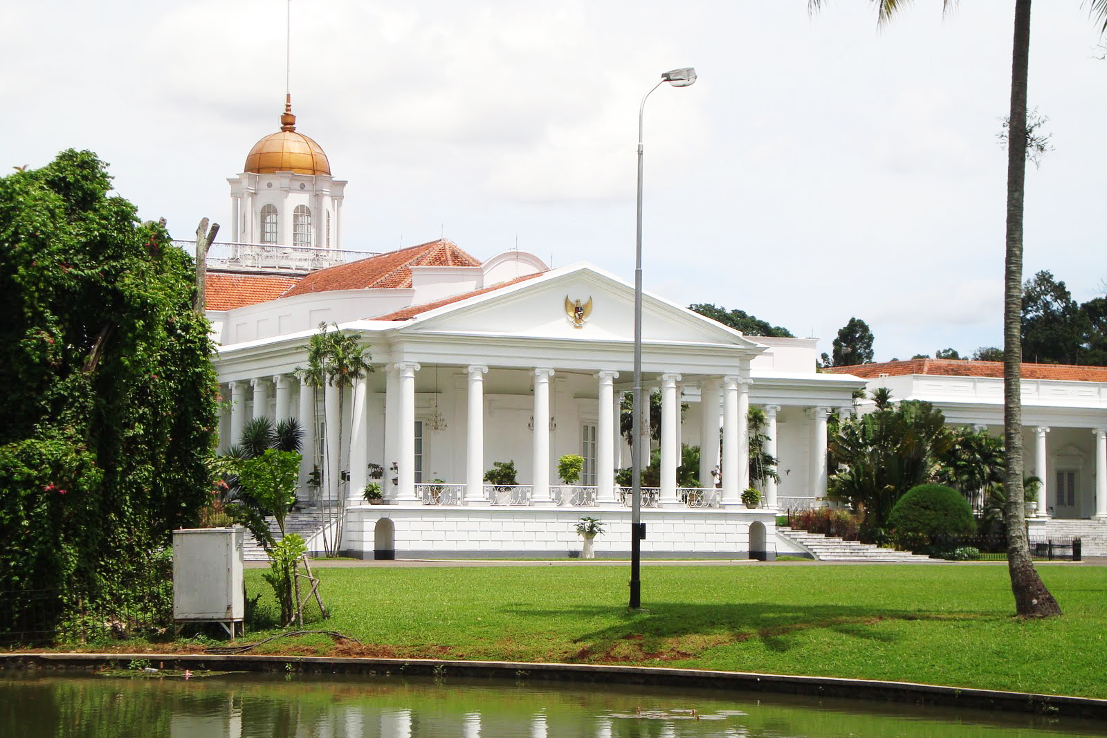 Bangunan Tua di Bogor